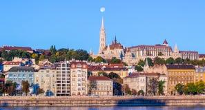 Mathias Church Full Moon - Budapest Fotos de archivo libres de regalías