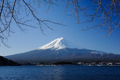 Matin au lac Kawaguchi Image libre de droits