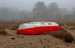 Matin brumeux, plage d'Alnmouth, le Northumberland images stock