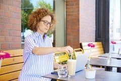 matin dans le café Photo libre de droits