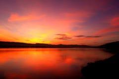 Matin de lever de soleil à la rivière de mekhong en Thaïlande images stock