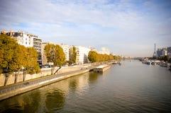 Matin de ressort avec Tour Eiffel, Paris, France Photo libre de droits
