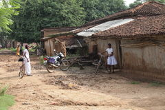 Matin de village Images libres de droits