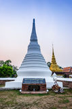 Matin de Wat Phra That Chae Haeng. Photographie stock