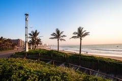 Matin du front de mer d'océan de paysage de Durban photos stock