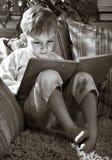 Matin heureux de petit garçon Images libres de droits
