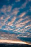Matin nuageux en ville Photos libres de droits