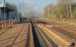 Matin sur la gare ferroviaire Images libres de droits