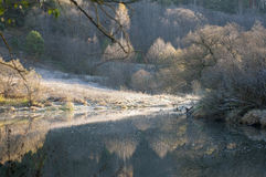 Matin sur la rivière Photographie stock libre de droits
