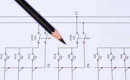 Matita che si trova sui diagrammi elettrici Immagine Stock Libera da Diritti