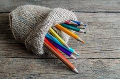 Matita di colore in borsa Fotografia Stock