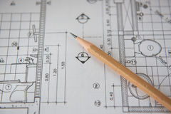 Matita sui modelli Concetto di ingegneria ed architettonico dell'alloggio Immagine Stock Libera da Diritti