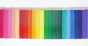 Matite colorate su bianco Fotografia Stock Libera da Diritti