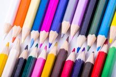 Matite colorate su un fondo bianco Fotografie Stock Libere da Diritti