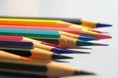 Matite del pastello di coloritura isolate su priorità bassa bianca Fotografia Stock
