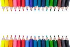 Matite di colore isolate su priorità bassa bianca Colori pastelli d'avanguardia morbidi, fine su Pastelli colorati Fotografie Stock Libere da Diritti