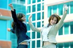 Matiz bem sucedido do azul das mulheres de negócios Fotografia de Stock Royalty Free