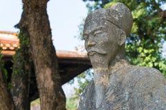 Matiz, Vietname - 22 de janeiro de 2015: Hue Museum de belas artes reais um fam foto de stock