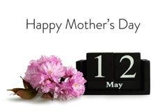 matka dnia kartka z pozdrowieniami Czereśniowy okwitnięcie i kalendarz odizolowywający na białym tle royalty ilustracja