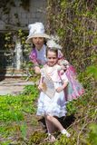 Matka i córka w lato parku obraz royalty free