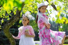 Matka i córka w lato parku fotografia royalty free