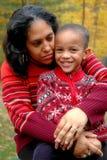 matka potrzymać syna Fotografia Royalty Free