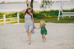 Matka z córkami fotografia royalty free
