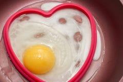 Matlagningägg för frukost Royaltyfri Foto