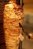 Matlagning av shawarmaen arkivfoton