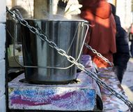 Matlagning i den öppna luften royaltyfri foto