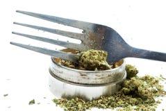 Matlagning med medicinsk och fritids- drogbransch för marijuana, i Amerika Arkivbilder