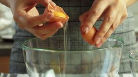 Matlagning och mat som utformar ett efterr?ttkvitto lager videofilmer