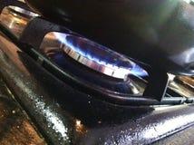 Matlagning på gas fotografering för bildbyråer