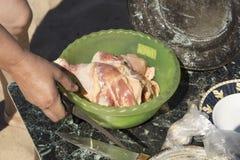 Matlagning på insatsen arkivfoton