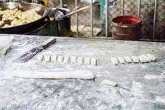 Matlagning Patongko Arkivfoto
