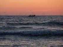 Matosinhos plaży przodu ścieżka w Porto, Portugalia, z Anemona zabytkiem obrazy royalty free