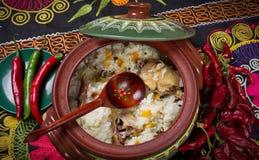 Maträtt av ris med kött royaltyfri foto