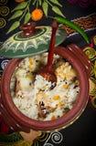 Maträtt av ris med kött arkivbild
