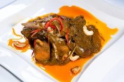 Maträtt för currylammben Arkivfoton