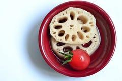 Maträtt för nya frukter Arkivfoto