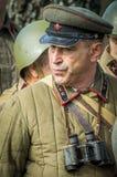 Matraquez la reconstruction de role-play d'une des batailles de la guerre mondiale 2 dans la région de Kaluga de la Russie Photographie stock libre de droits