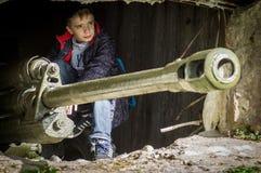 Matraquez la reconstruction de role-play d'une des batailles de la guerre mondiale 2 dans la région de Kaluga de la Russie Photo libre de droits