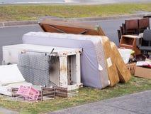 Matrasses, weiße Waren und andere Einzelteile für die jährliche harte Abfallsammlung Lizenzfreies Stockbild