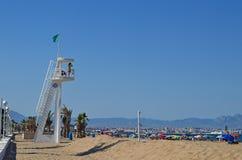 Maître nageur Watch Tower On la plage Image libre de droits
