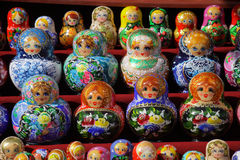 Matreshka, typische Russische pop Royalty-vrije Stock Foto's
