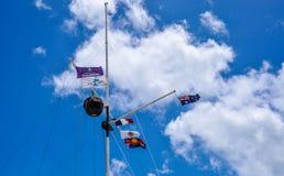 Matrice della bandiera con la palla di tempo: Il sito rotondo di eredità della Camera Fotografie Stock