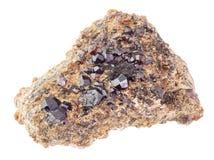matrice des cristaux de grenat d'Andradite sur la roche photo stock