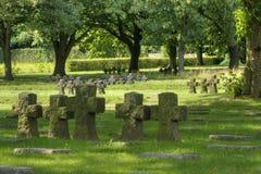 Matrici degli incroci lapidati al cimitero del tedesco di Hooglede Immagine Stock Libera da Diritti