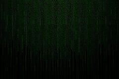 Matrijsachtergrond met de groene binaire code Stock Afbeelding