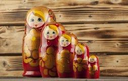 Matrioshka eller babushkasdockor Royaltyfri Fotografi